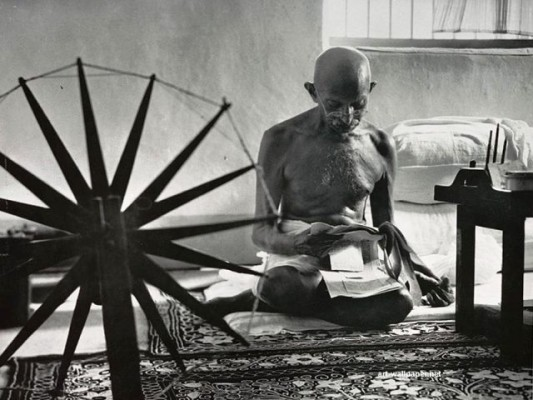 MahatmaGandhi-533x400