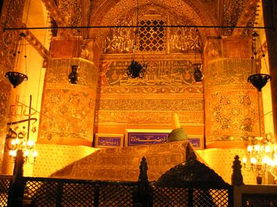 Rumis-tomb1